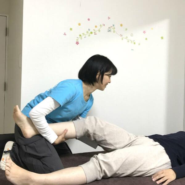 二子玉川のピラティス&小顔・美脚整体 | Hug&Smiley 特別メニュー